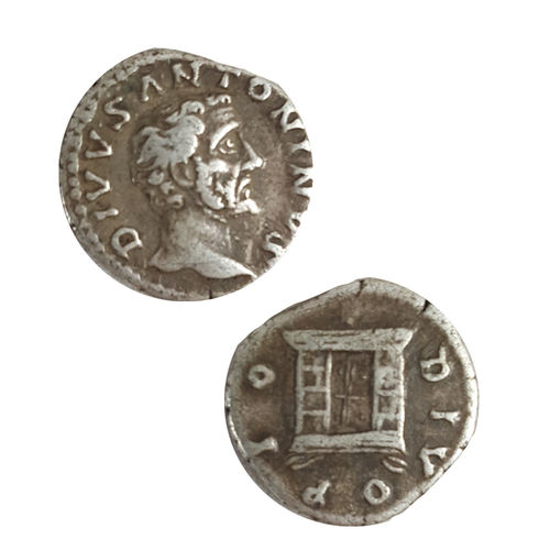 Antonius Pius hopeadenaari 138-161